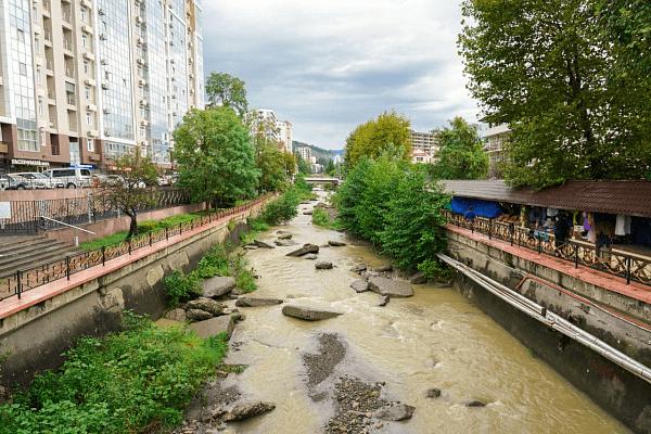 В Сочи благоустроят набережную реки Псахе