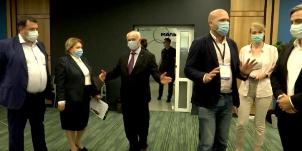 В Краснодаре международные эксперты посетили Центр общественного наблюдения