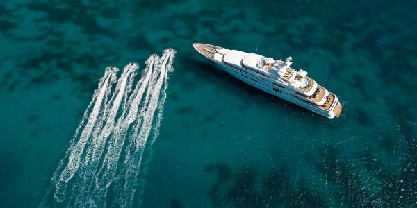 Яхта Сергея Галицкого вошла в число крупнейших на фестивале в Монако