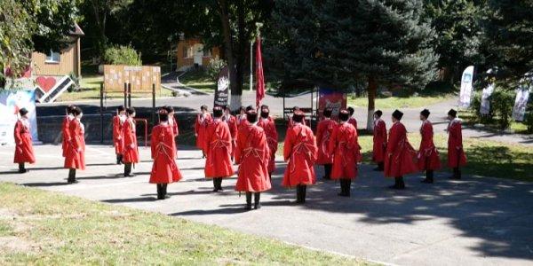 Первый всекубанский слет казачьей молодежи завершился в Лабинском районе