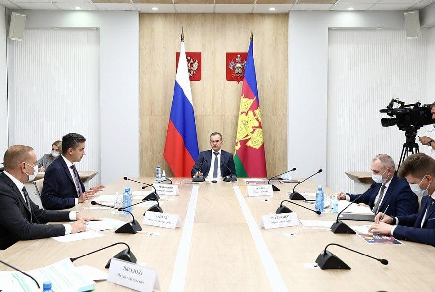 Кондратьев поручил до 1 октября утвердить планы по программе капремонта на 2022