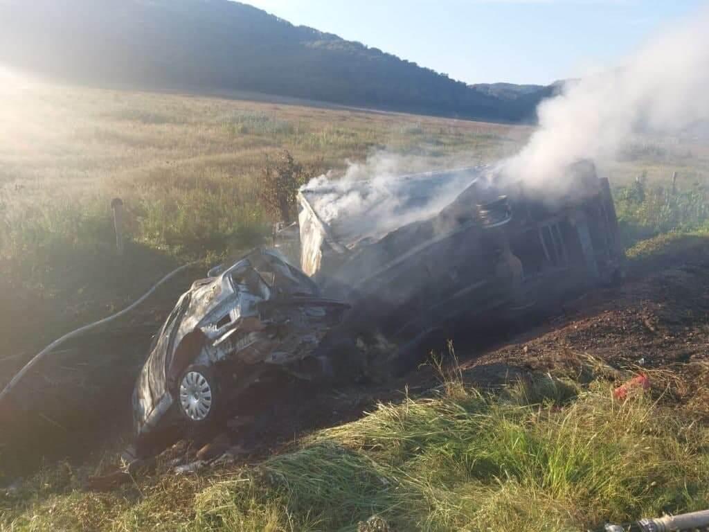 В Туапсинском районе после ДТП сгорели две машины, есть погибший