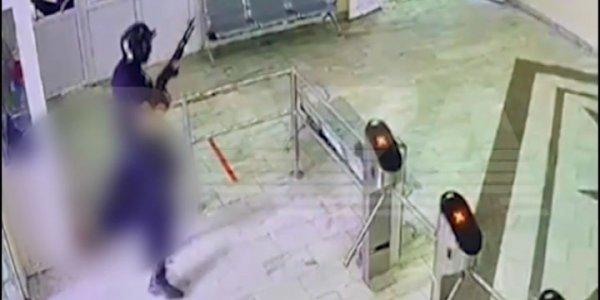 В результате стрельбы в Перми погибли 8 человек   «Факты 24»