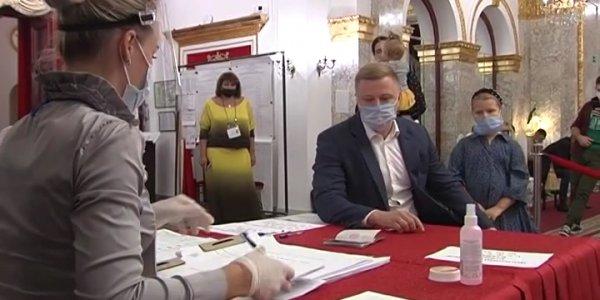 В Краснодаре проголосовал вице-губернатор Игорь Чагаев