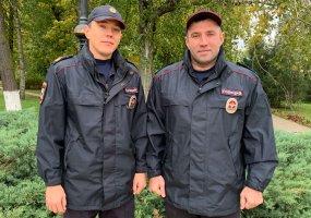 Сотрудники патрульно-постовой службы оказали помощь замерзающему мужчине
