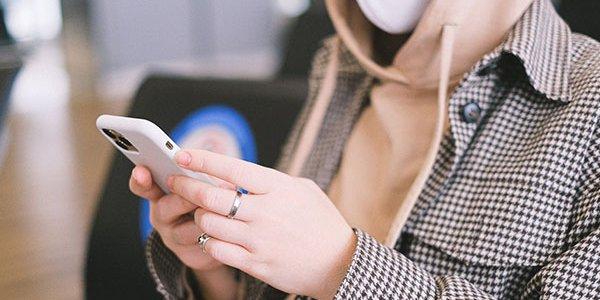 Сбой в работе соцсетей увеличил трафик SMS почти в 5 раз, звонков — в 2,5 раза