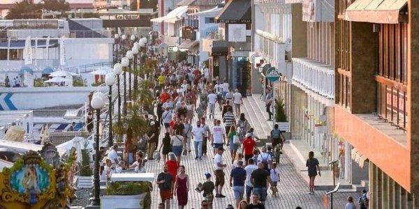 В октябре в Сочи начнут работу 25 зимних пляжей