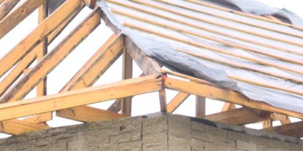 Под Краснодаром в поселке Северном строят опасные для проживания дома