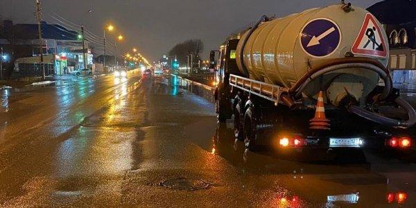 В Краснодаре из-за дождя подтопило 10 улиц