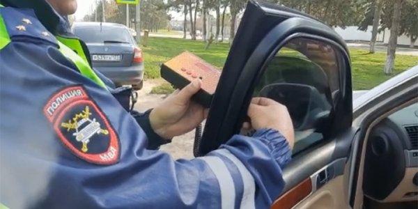 На Кубани автоинспекторы продолжают рейды по соблюдению правил тонировки